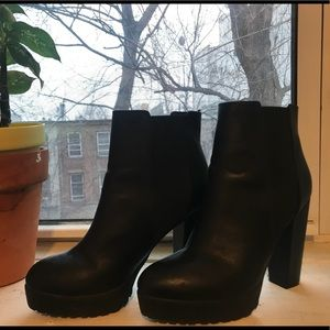 Black faux leather H&M boots.